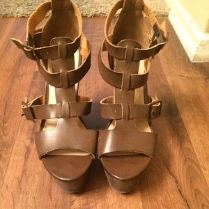 Forever 21 brown buckle wedges size 6.5