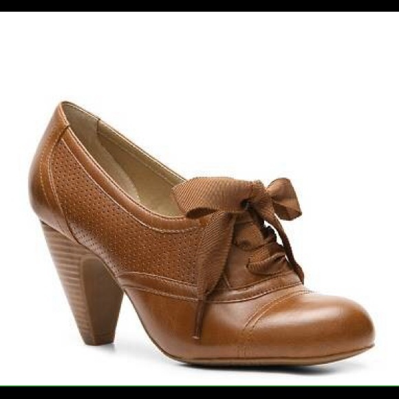 44de8db677f crown vintage Shoes - Crown Vintage Cherilyn Oxford Pump