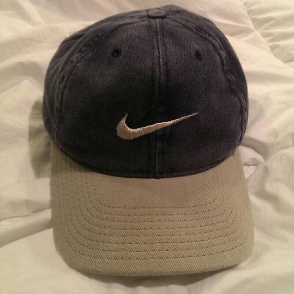 vintage Nike cap. M 5666350cbf6df5b8c8004d64 1ab53568851