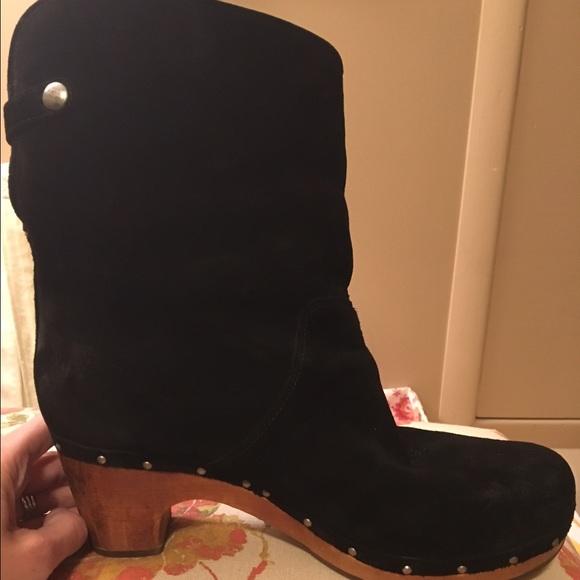 e3d8de70948 Ugg Lynnea Boots in Black suede. WOMENS size 10