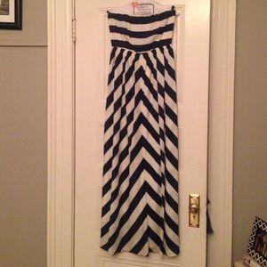 Lulus chevron striped maxi dress
