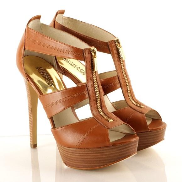 63a2ec1ba5a Michael Kors Berkley Platform Sandals. M 56666335feba1f9b91020771