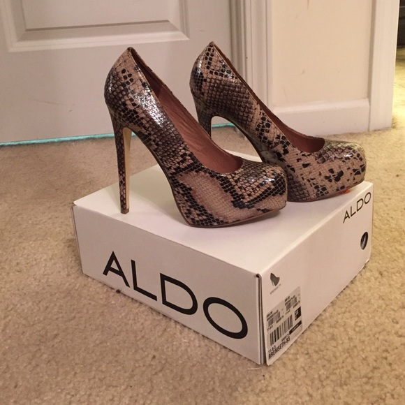 Aldo Snakeskin slippers lvkc3