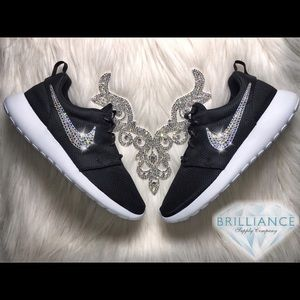 newest bd226 e713f Women's Price Of Original Nike Roshe Run Shoes All In Black ...