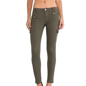 Sanctuary Pants - NWT! Sanctuary army green, cargo, skinny jeans!