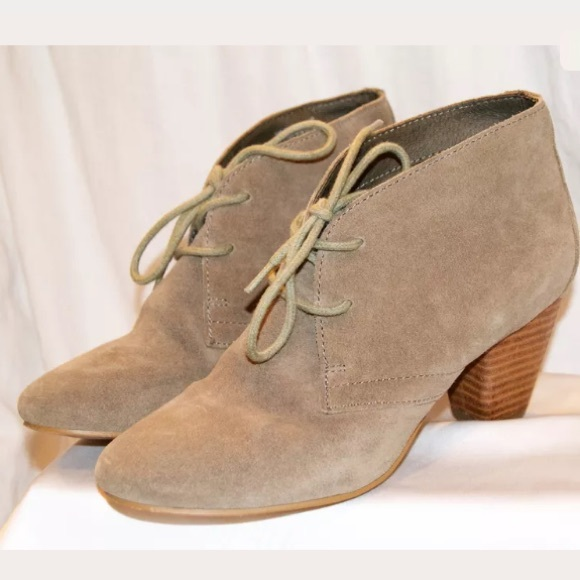 ALDO Shoes - ALDO Suede Tan Desert Boots Pumps Heels SIZE 6