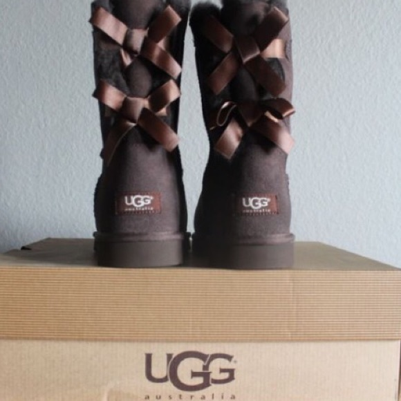 Bailey bow Chocolate Ugg Boots
