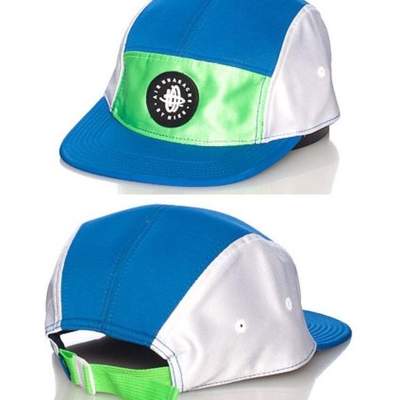 3d88bcc8f11c5 BRAND NEW Nike Huarache Hat