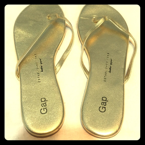 d8368e2e68ee GAP Shoes - Brand new leather gold gap flip flop sandals