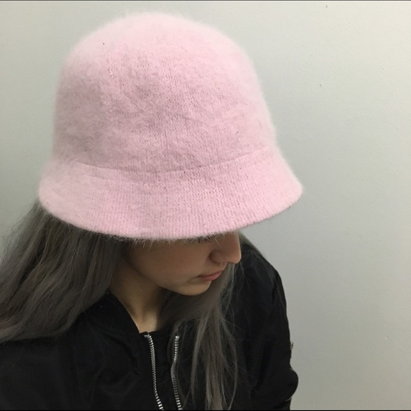 Kangol Dupe Rabbit Hair Baby Pink Bucket Hat. M 5667395cbf6df5b29d0023b0 b525a0ed902