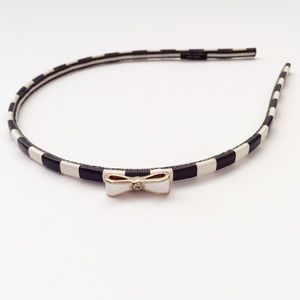 henri bendel Accessories - Henri Bendel Headband