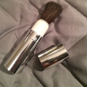 Other - Retractable travel blush brush