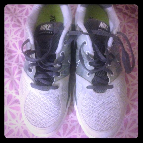 6477c9782a2f Nike Shoes - 9 1 2 women s Nike LunarGlide 2 running shoes