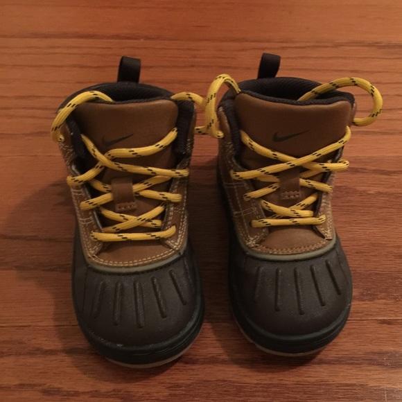 more photos 5946e b63a7 Kids Nike ACG Boots. M 5667a318981829950b006013