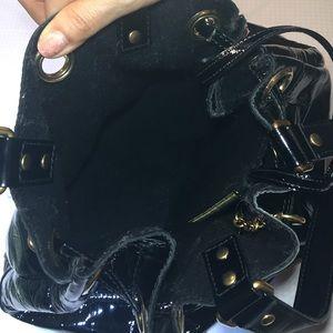 www yves saint laurent bag - 78% off Yves Saint Laurent Handbags - Yves Saint Laurent patent ...