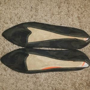 Gap Camouflage flats