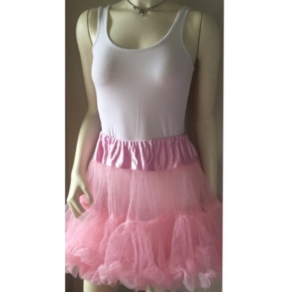 Pretty pink party tutu adult one size. M_576296166a58301c3b012326
