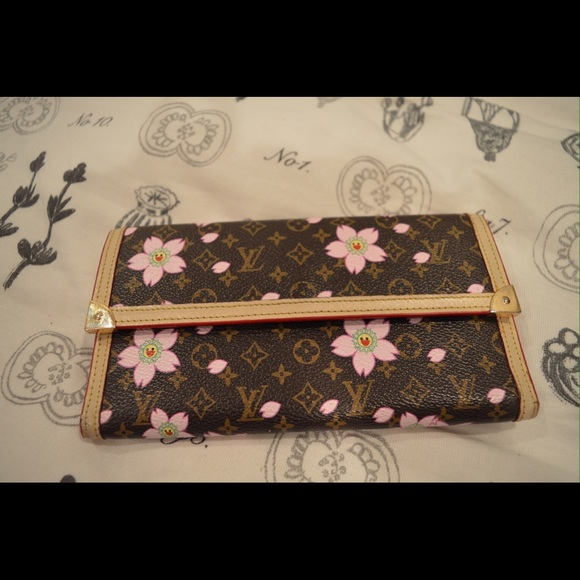 22eff146a67 louis vuitton handbags louis vuitton cherry blossom wallet used