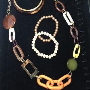 Wood safari look necklace bracelet set SALE