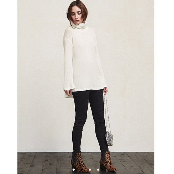 45% off Reformation Sweaters - ❄️Reformation White Slouchy ...