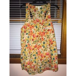 Ambiance Apparel Tops - *FREE* Floral, vibrant tank top:)