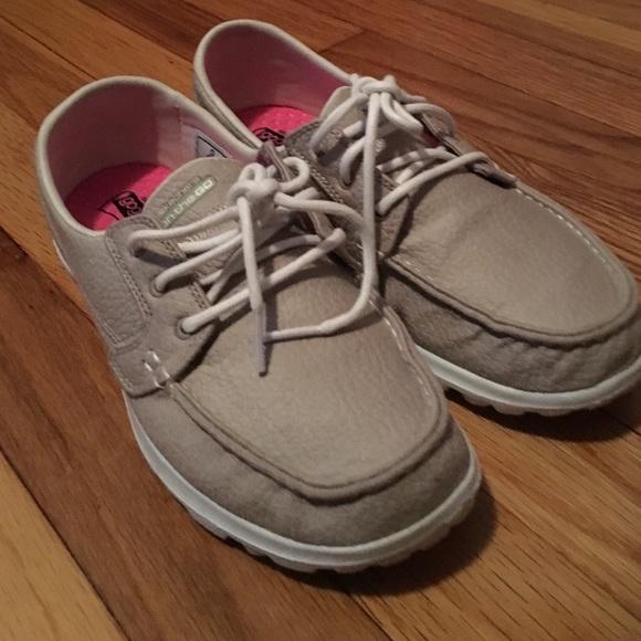 38 Off Shoes Skechers Quot Gogo Mat Quot Boat Shoes Women S