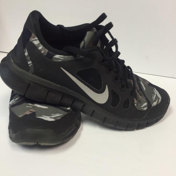 Nike Shoes | Nike Free 5 Gs Camo Shoes