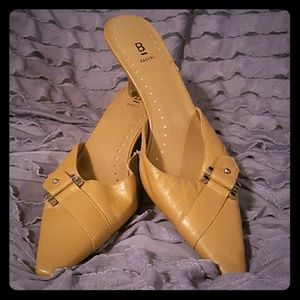 Bakers Shoes - Classic Tan
