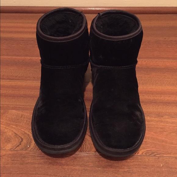 ugg shoes black velvet short boots in size 5 poshmark rh poshmark com