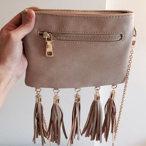 Handbags - Nude Bag with Fringe & Chain Strap