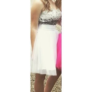 Dresses & Skirts - Homecoming/formal dress