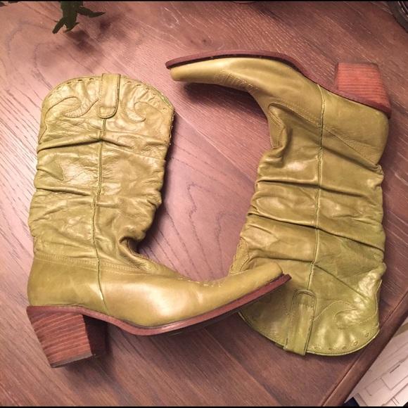 a8ef48846c2 Women's Steve Madden Cowboy Boots 💚