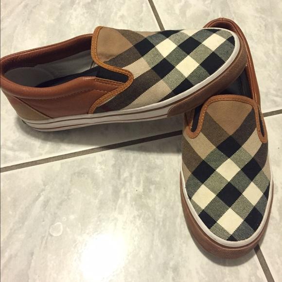 4dfeccf5c1d Burberry Shoes - BURBERRY slip on sz 9 women s sneakers