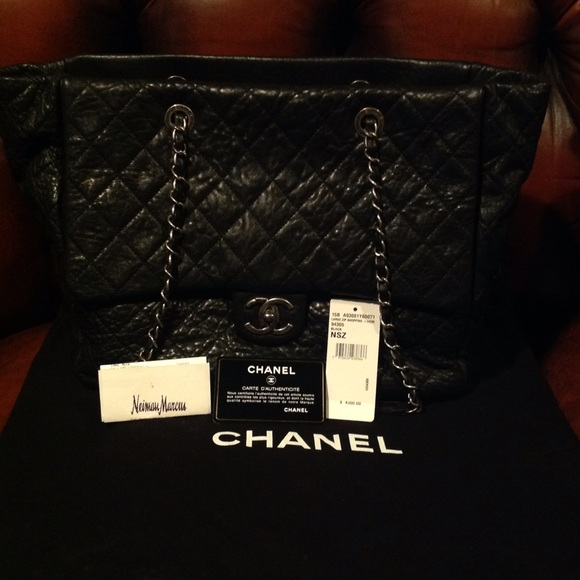 136b8e77b9 Chanel Black Leather Quilted Tote NWT