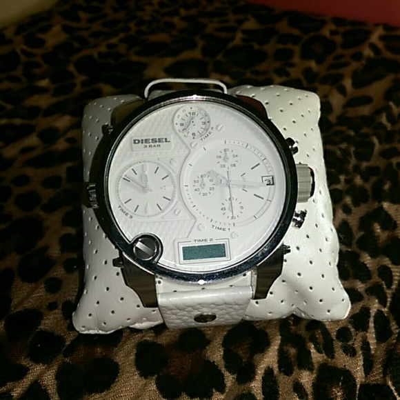 diesel accessories 3 bar watch big daddy poshmark. Black Bedroom Furniture Sets. Home Design Ideas