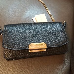 2b34d6e3f26e Burberry Bags - Burberry Wallet on Chain