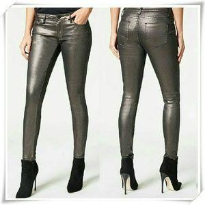 JustFab Denim - 👖🎀 Metallic Signature skinny jeans in gunmetal.