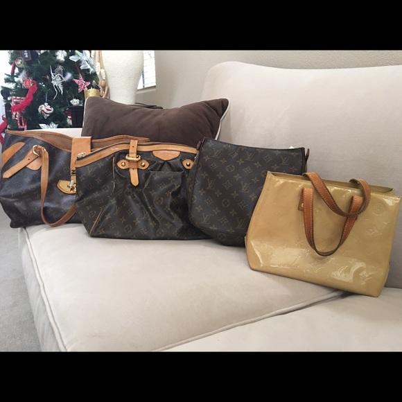 Louis Vuitton Handbags - Authentic Louis Vuitton purse