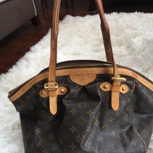 Louis Vuitton Bags - Authentic Louis Vuitton purse