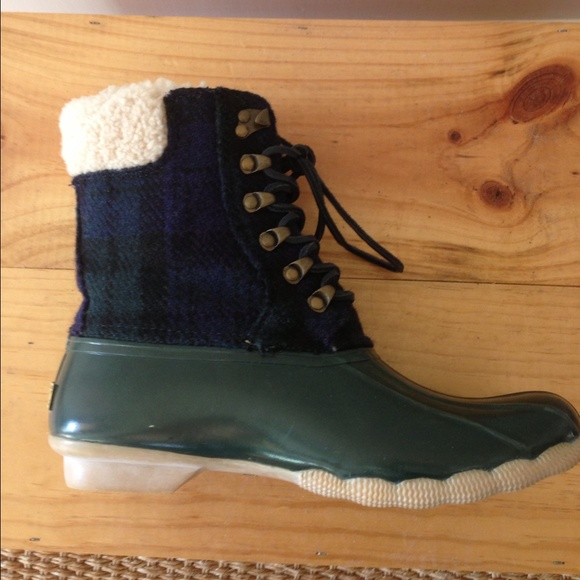 e7cf2ceadc650 J Crew Sperry Topsider Shearwater Duck Boots. M 5669f0f099086a4ede0066e9