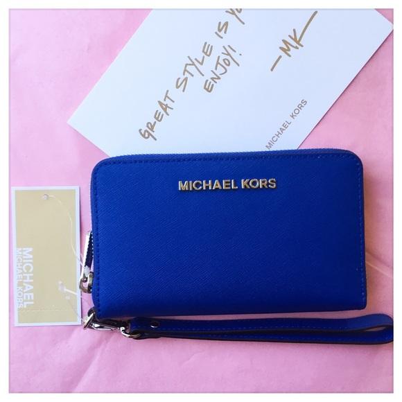 06b05047b9924c MICHAEL Michael Kors Bags | Nwt Michael Kors Jet Set Saffiano ...