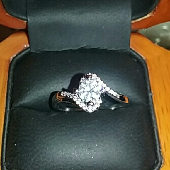 96% off Fire and Ice Jewelry 925 Stamped Sterling Silver Russian Diamond Ri