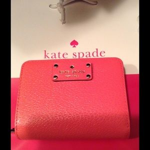 New Kate spade Wellesley wallet