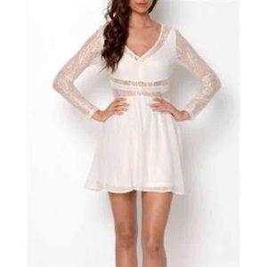 Mustard Seed Dresses & Skirts - Mustard Seed - White lace chiffon dress