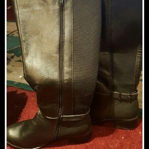 CATHERINES  Shoes - BLACK VEGAN LEATHER BLACK BOOT