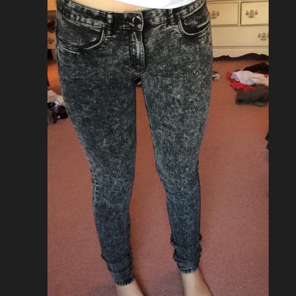 bb26bb172e H M Pants - Black acid wash jeans