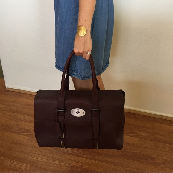 7a7eca79c2ea Mulberry Oxblood Oversized Bayswater Tote. M 5796989a6a58302e94002803
