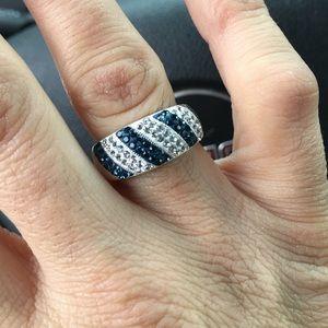 Jewelry - Australian crystal ring