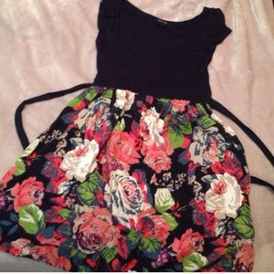 Floral dress bundle! 2 for 1 