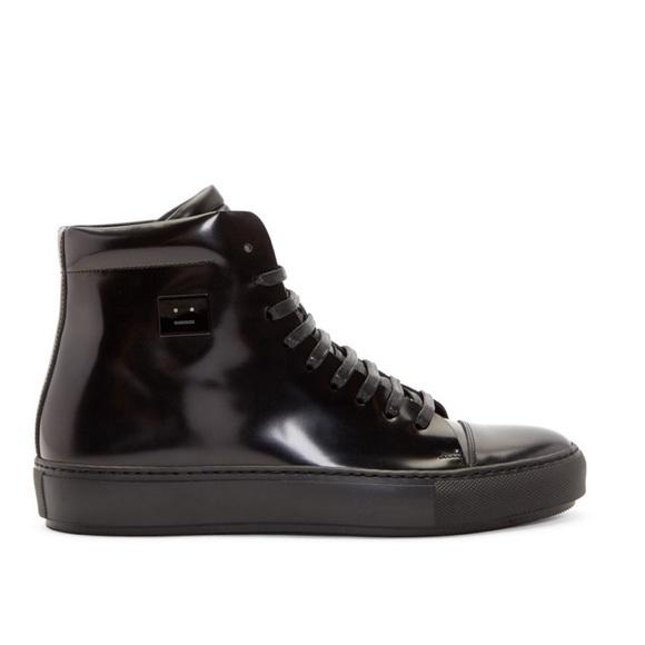 acne shoes men